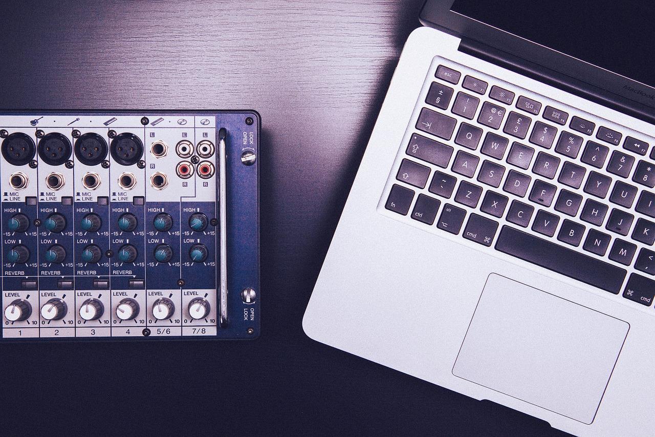 mixer-349850_1280